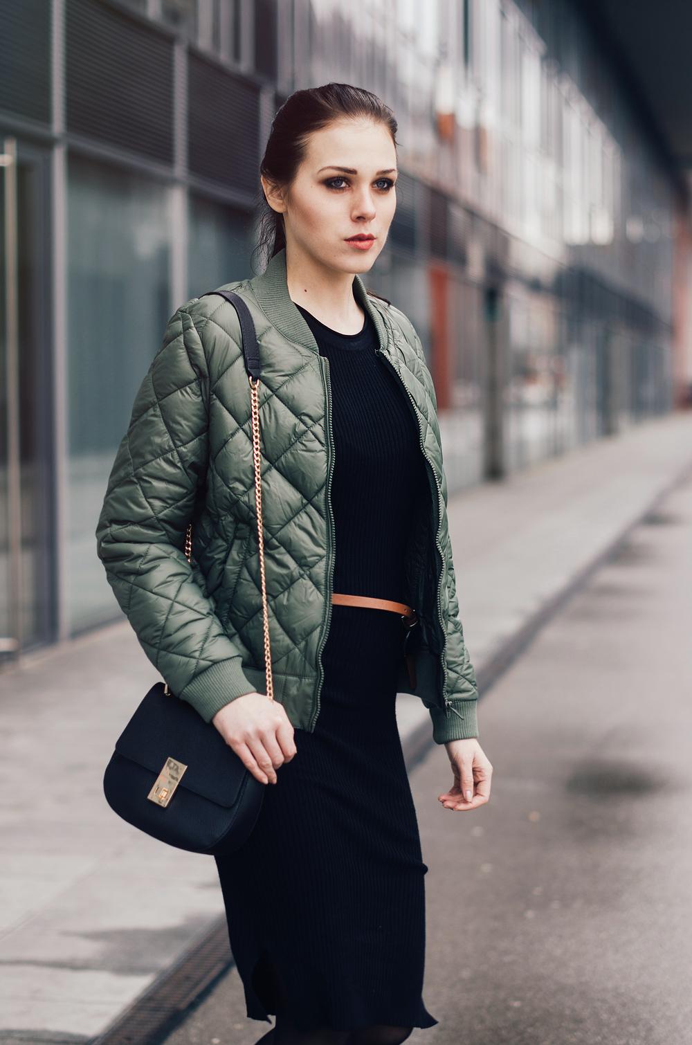 Ajda Sitar_Eva Ahačevčič_New Yorker_bomber jacket_Street style 6