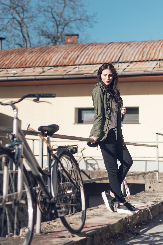 Eva Ahačevčič Love, Eva Sportina Only Parka Sporty style