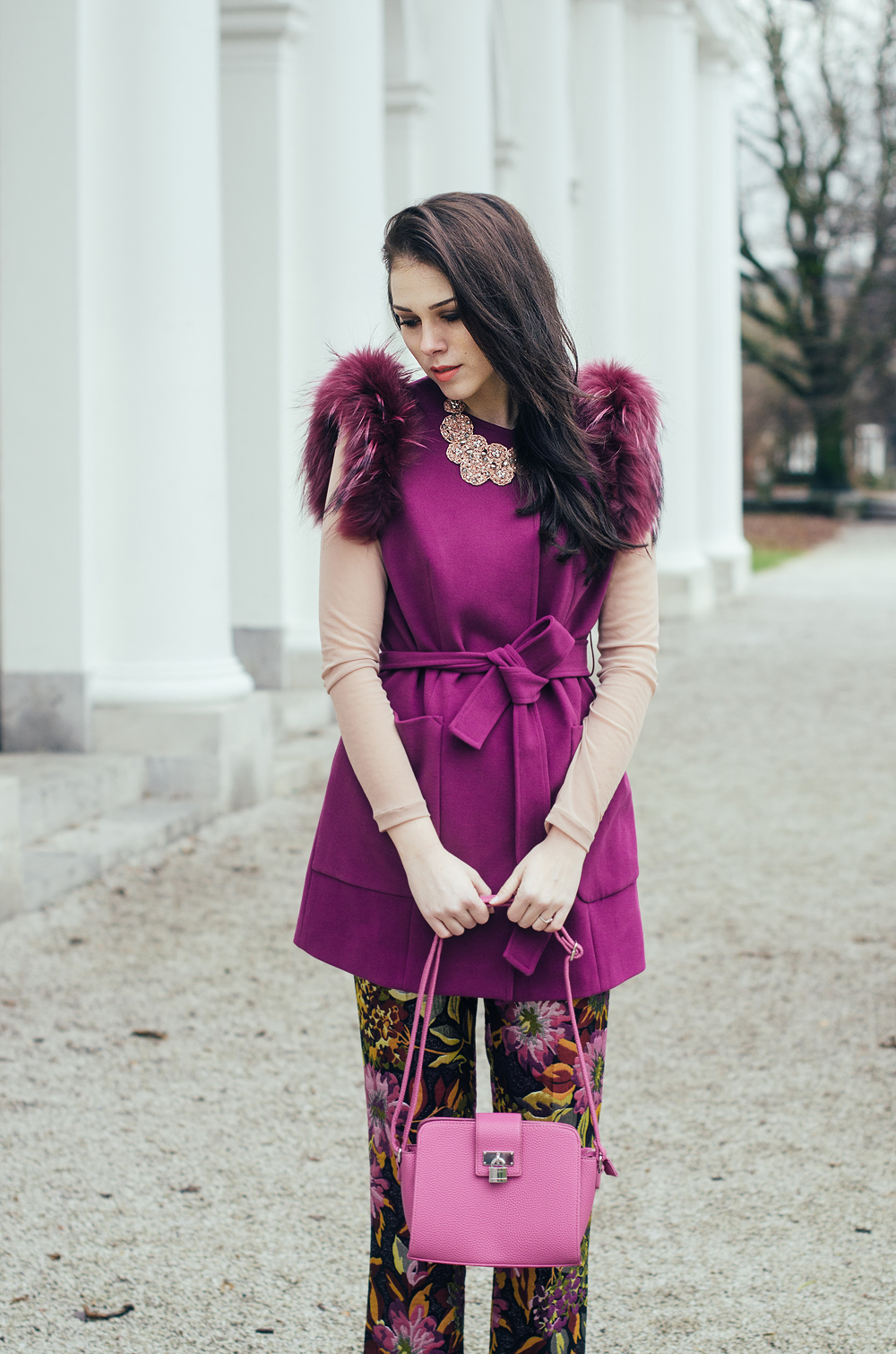 Eva Ahačevčič Love, Eva Terminal3 Cvetlični potisk Krzno Rožnata barva 1