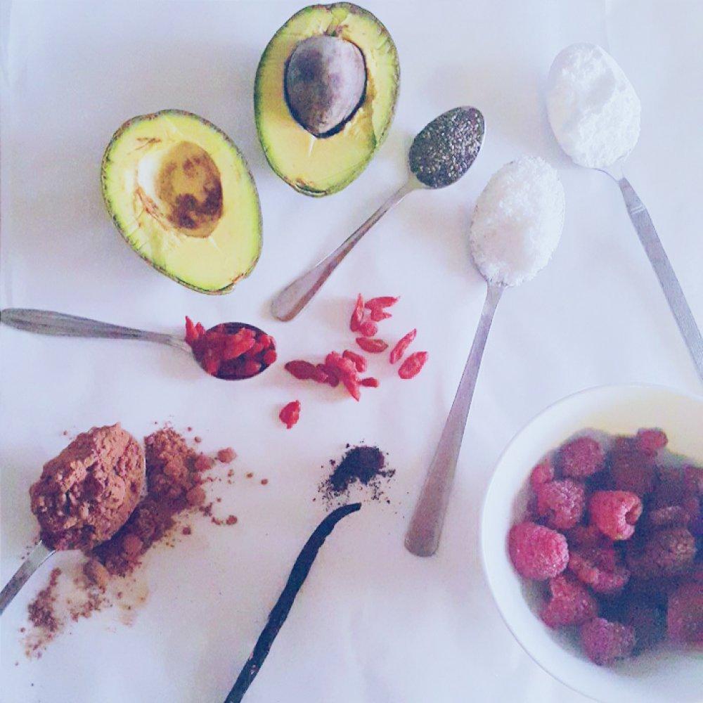 Eva Ahačevčič_Love, Eva_Čokoladni sufle_Avokado_Zdrava prehrana_LCHF dieta 2