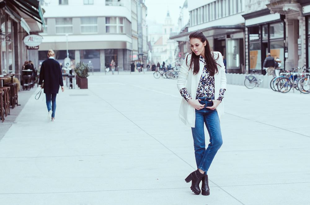 Eva Ahačevčič_Love, Eva_Banana Republic_Mom's jeans_OOTD