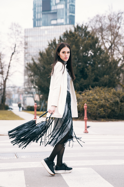 Eva Ahačevčič_Love, Eva_OOTD_Fashion blogger_Fringes_Resice 1