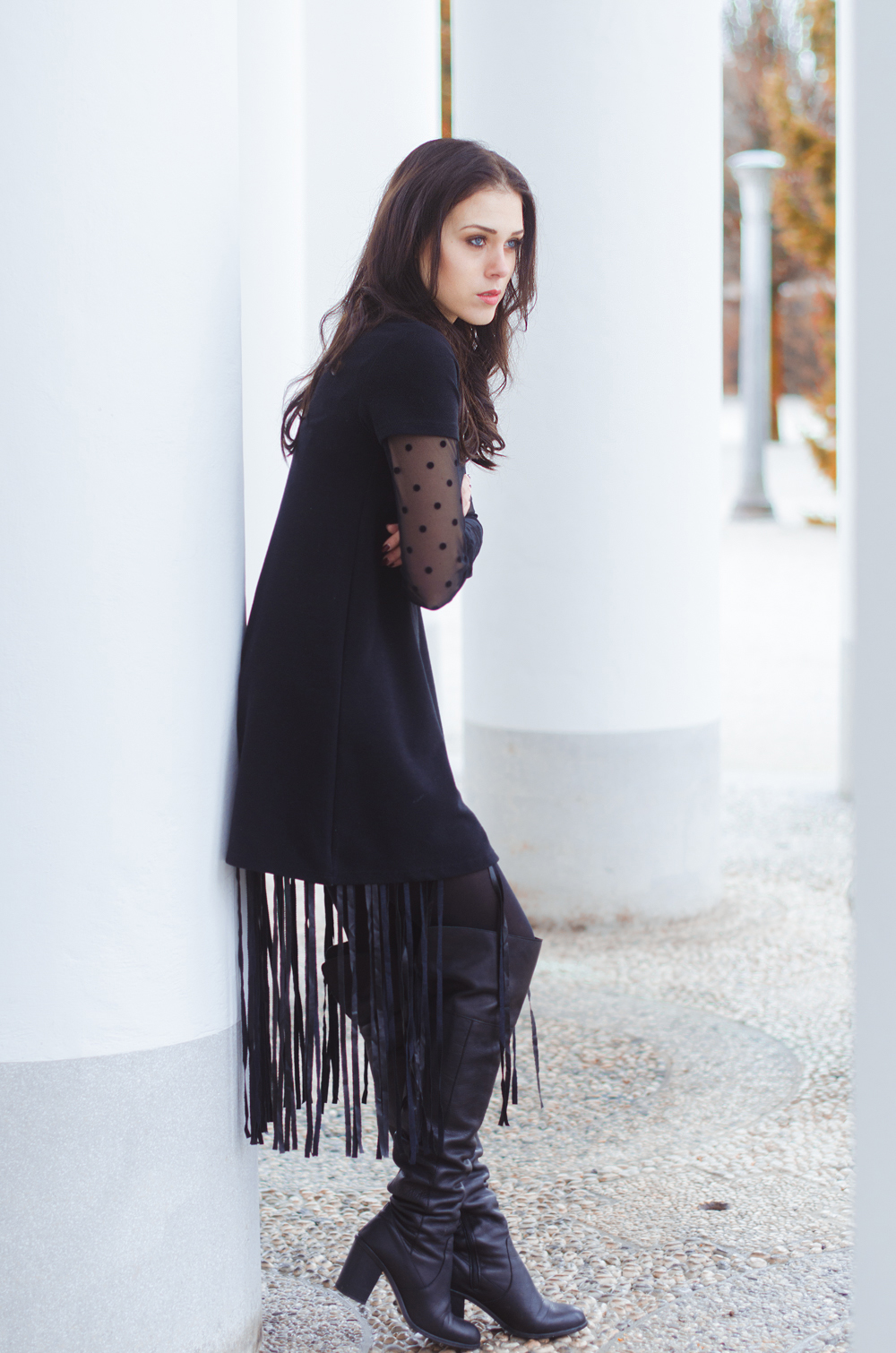 Eva Ahačevčič_Love, Eva_Terminal 3_ Resice_Fringes_OOTD_Black from head to toe 3