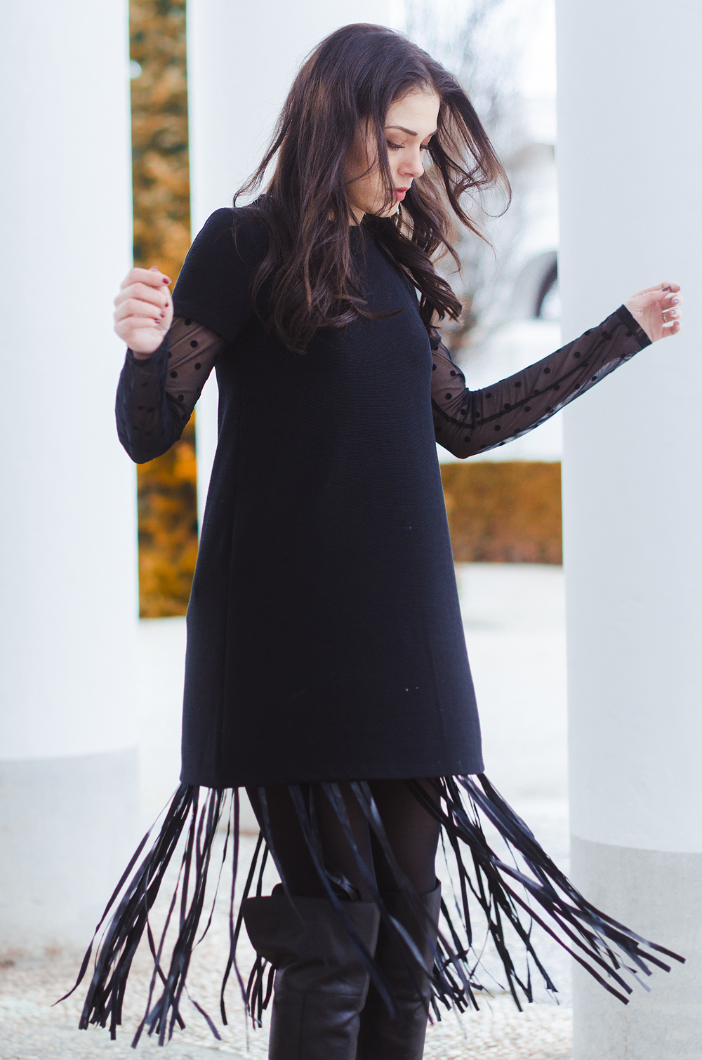Eva Ahačevčič_Love, Eva_Terminal 3_ Resice_Fringes_OOTD_Black from head to toe 5