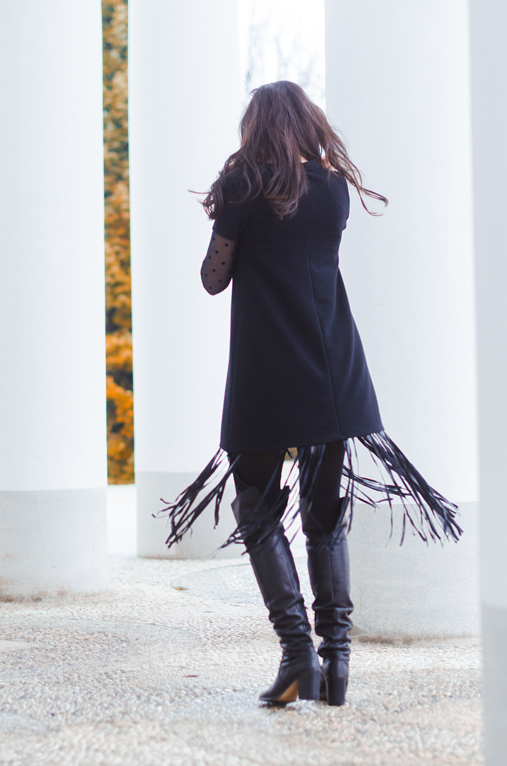 Eva Ahačevčič_Love, Eva_Terminal 3_ Resice_Fringes_OOTD_Black from head to toe 8