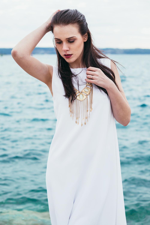 Eva Ahačevčič_Love, Eva_Bela obleka_Fashion blogger