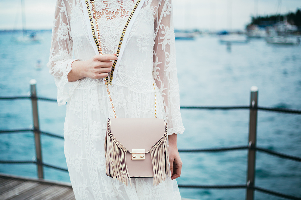 Eva Ahačevčič_Love, Eva_OOTD_FAshion blogger_Terminal 3_WHite dress_Bohemian_Details