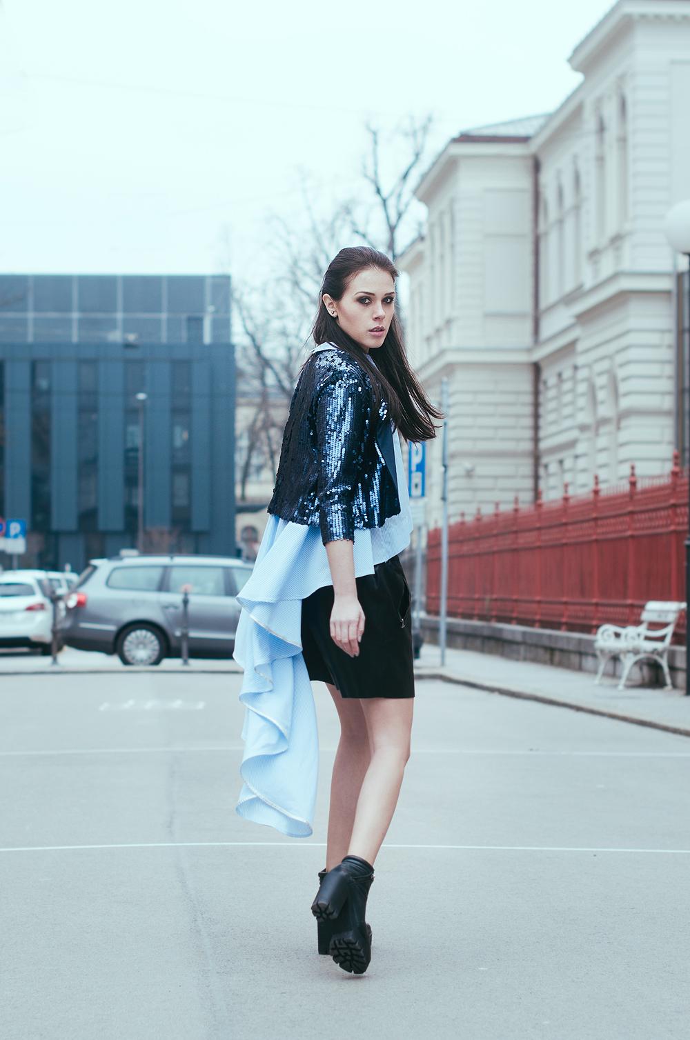 Eva Ahačevčič_Love, Eva_Terminal3_OOTD_Asymetrical_Glitters_Leather