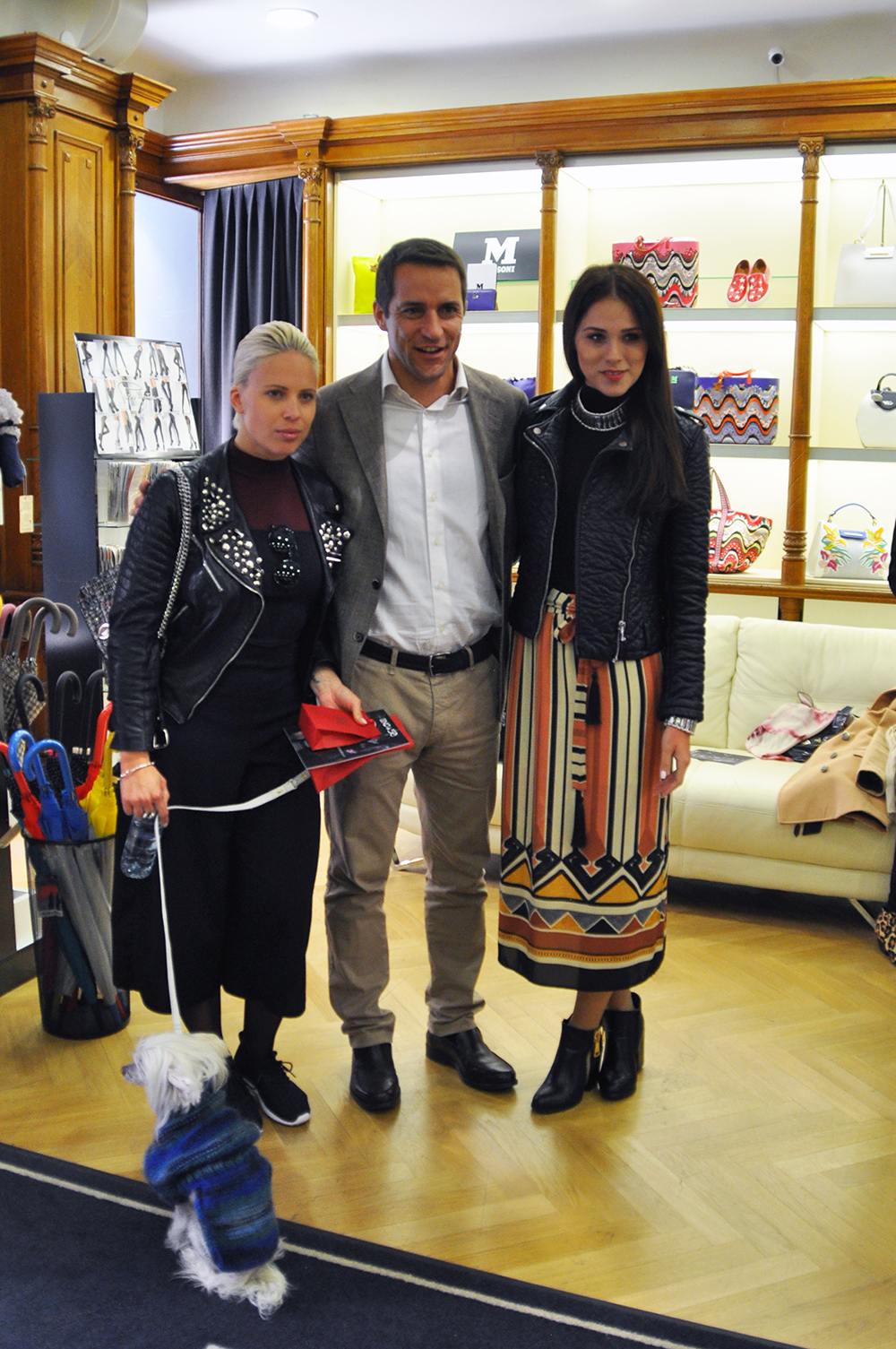 Manja Plešnar, Michele Giaconu in jaz, Eva Ahačevčič :)