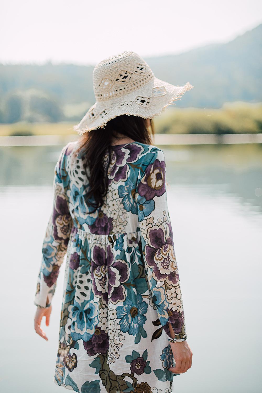 Eva Ahačevčič_Love, Eva_OOTD_Podpeško jezero_uROPE sandals_Straw hat_Bikini H&M_Dress Zara 3
