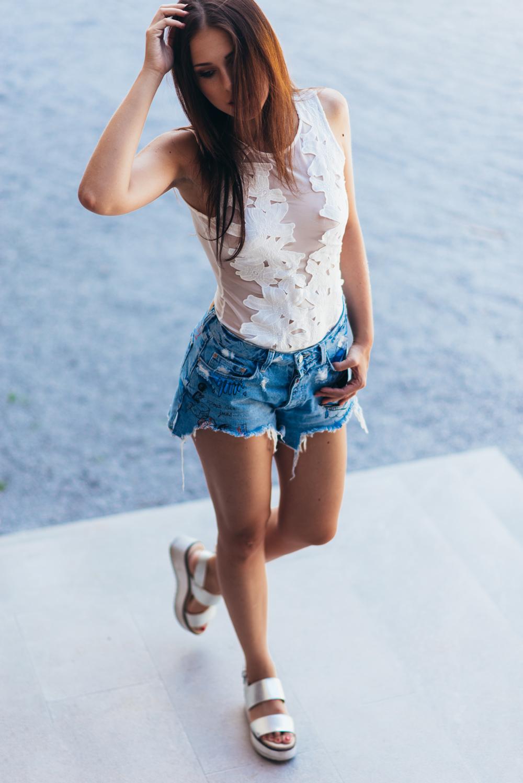 Eva Ahačevčič_Love, Eva_Texas jeans_OOTD_Zara_Robbo_Hoverboard_Urbano kolo 7