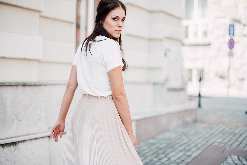 Eva Ahačevčič_Love, Eva_Zara_Pastels 5