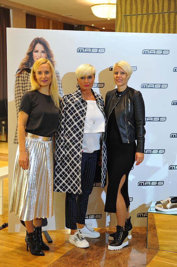 Ponosne nad novo ponudbo so predstavnice ekipe Mass: Tjaša Tršar iz marketinga, Simona Kern, vodja modnega programa in Tina Petkovšek Pirc, direktorica marketinga