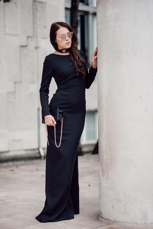 eva-ahacevcic_love-eva_black-dress_evening-dress_glamurous-dress_open-back_long-sleeve_terminal-3-2
