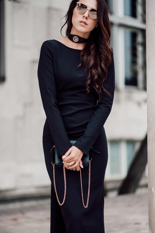 eva-ahacevcic_love-eva_black-dress_evening-dress_glamurous-dress_open-back_long-sleeve_terminal-3-5