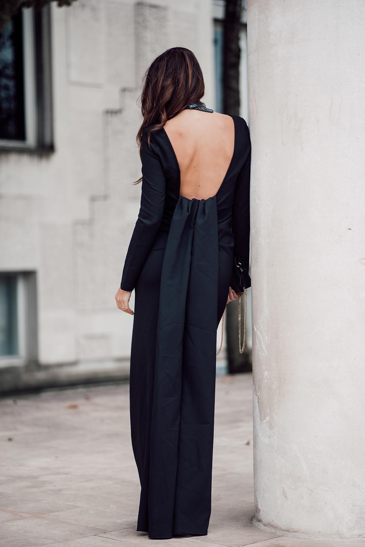 eva-ahacevcic_love-eva_black-dress_evening-dress_glamurous-dress_open-back_long-sleeve_terminal-3-7
