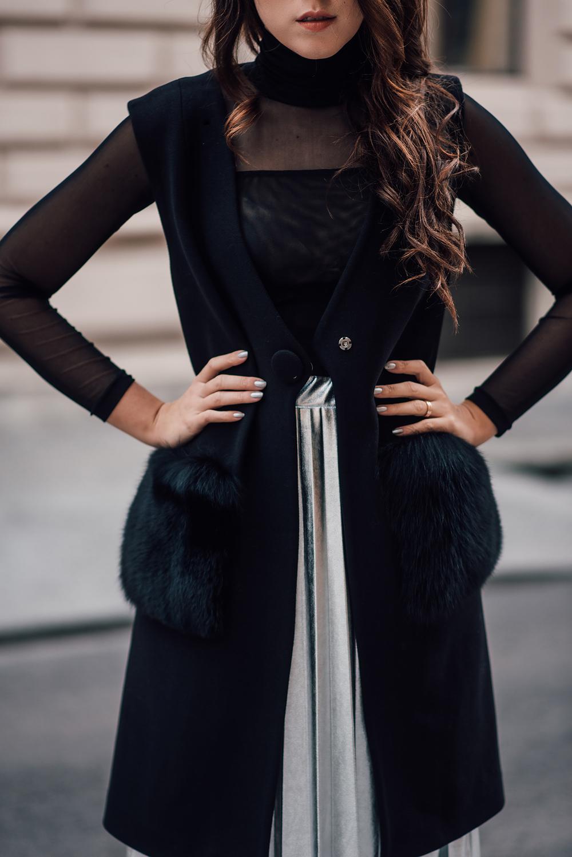 eva-ahacevcic_love-eva_pleated-skirt_silver-skirt_terminal3_feminine-style-5
