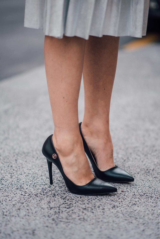 eva-ahacevcic_love-eva_pleated-skirt_silver-skirt_terminal3_feminine-style-6