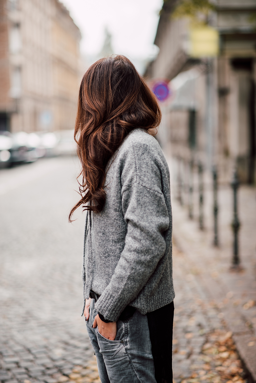 eva-ahacevcic_love-eva_zara_sweater_disel_jeans_mass_shoes_ootd_grey-1-3