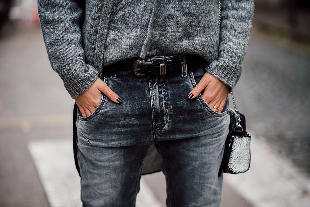 eva-ahacevcic_love-eva_zara_sweater_disel_jeans_mass_shoes_ootd_grey-18