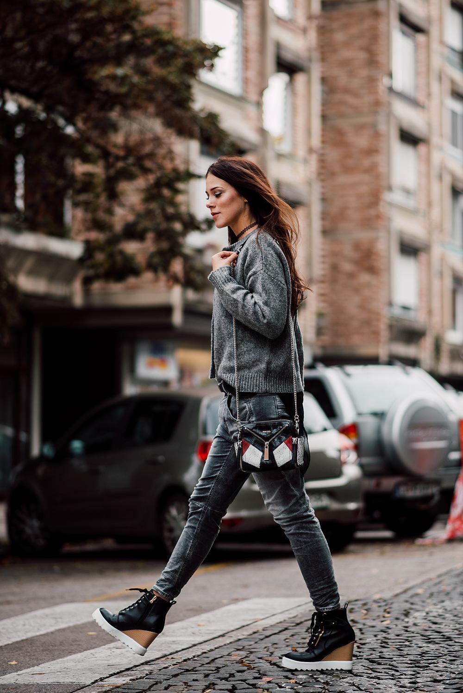 eva-ahacevcic_love-eva_zara_sweater_disel_jeans_mass_shoes_ootd_grey-2
