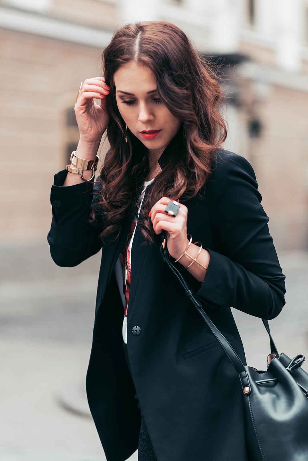 eva-ahacevcic_love-eva_ootd_six-accessories_zara-skirt_blazer_parfois-shoes_style_fashion-4
