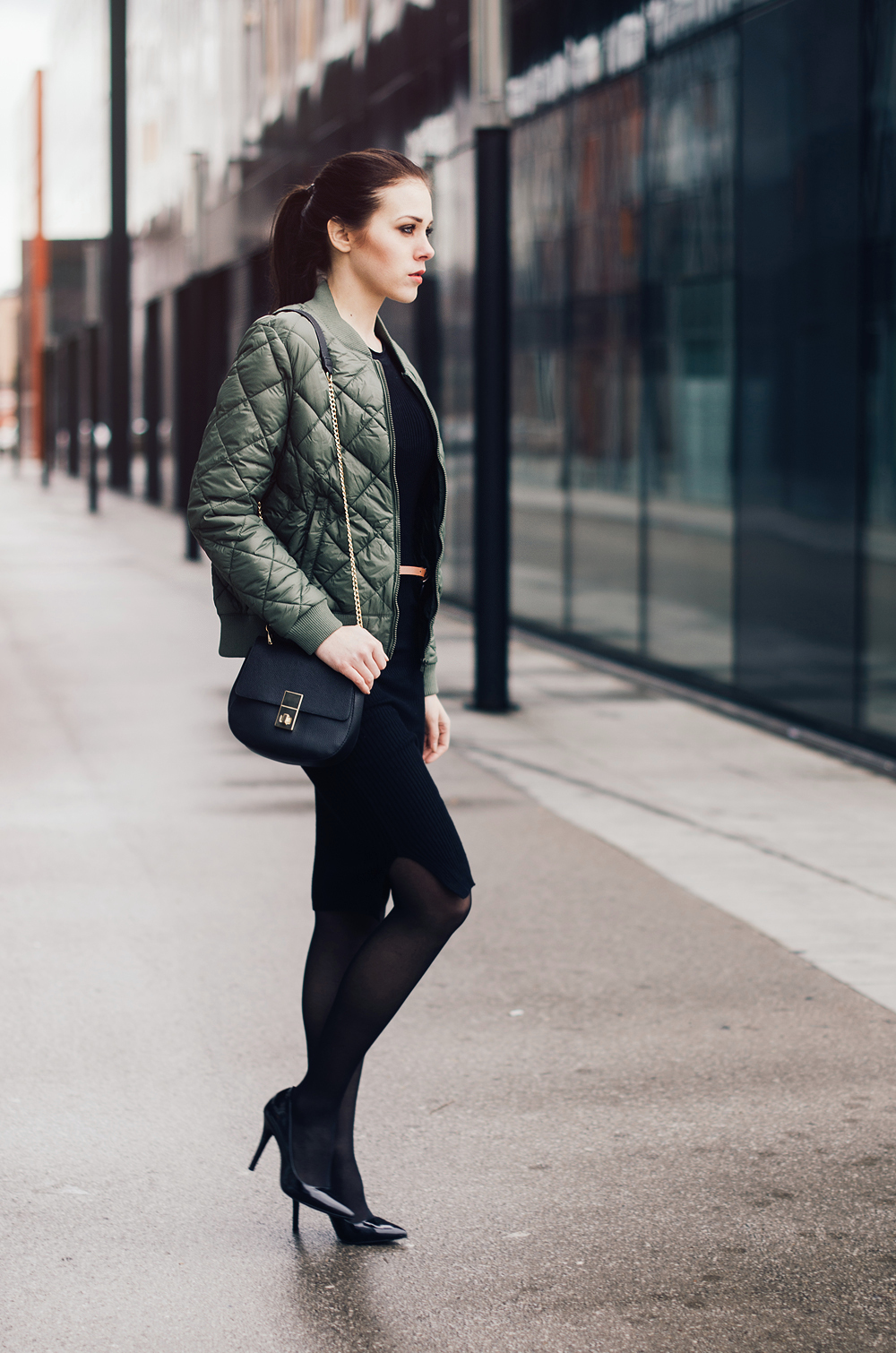 Ajda Sitar_Eva Ahačevčič_New Yorker_bomber jacket_Street style 5