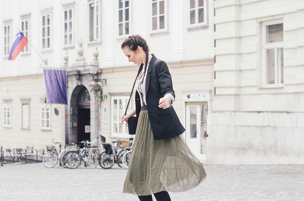 Eva Ahačevčič_Love, Eva_Tutu skirt_Katja Koselj Jewelry_Double boxer bradis_OOTD_Street style 3
