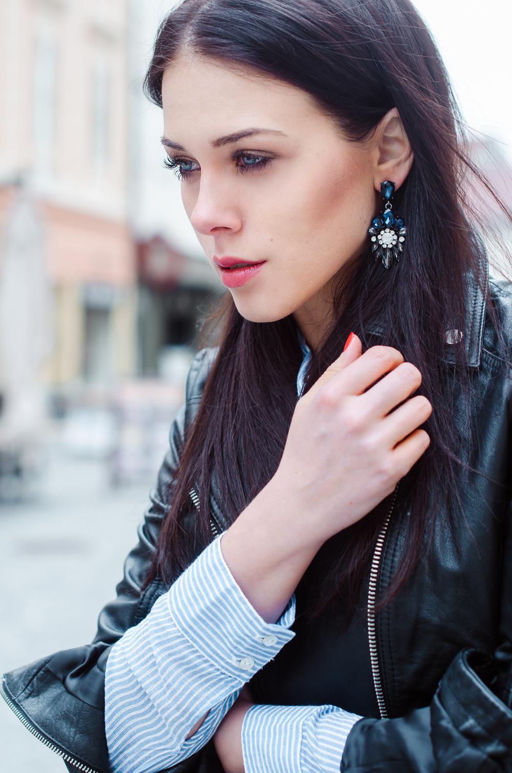 Eva Ahačevčič_Love, Eva_Diesel_leather jacket_Modni dodatki Bling bling_Crop pants