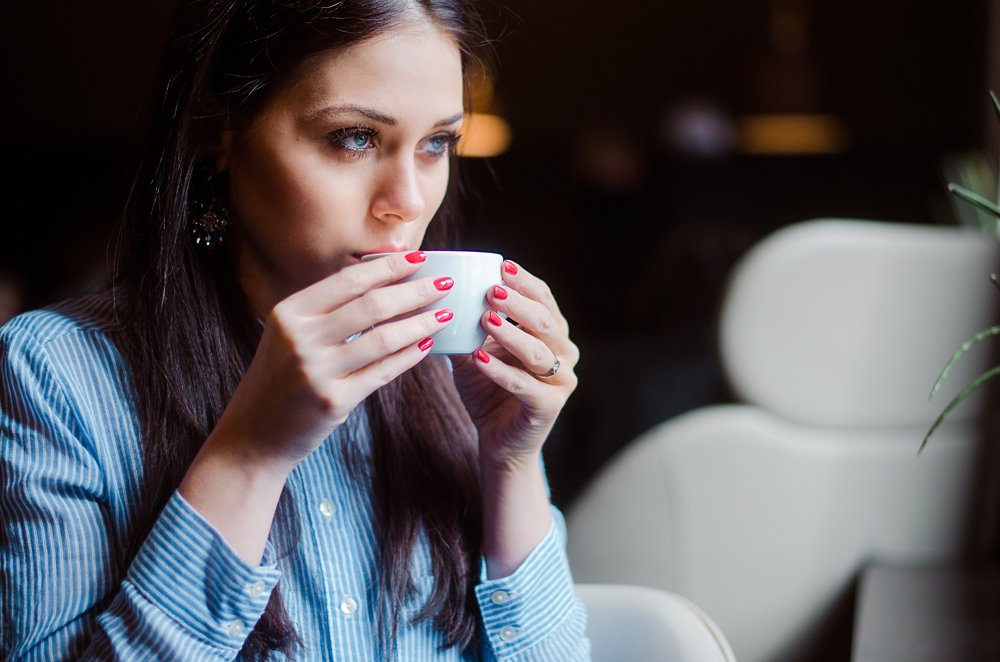 Eva Ahačevčič_Love, Eva_Nailpolish_Golden Rose_Coffe break_Beauty 5