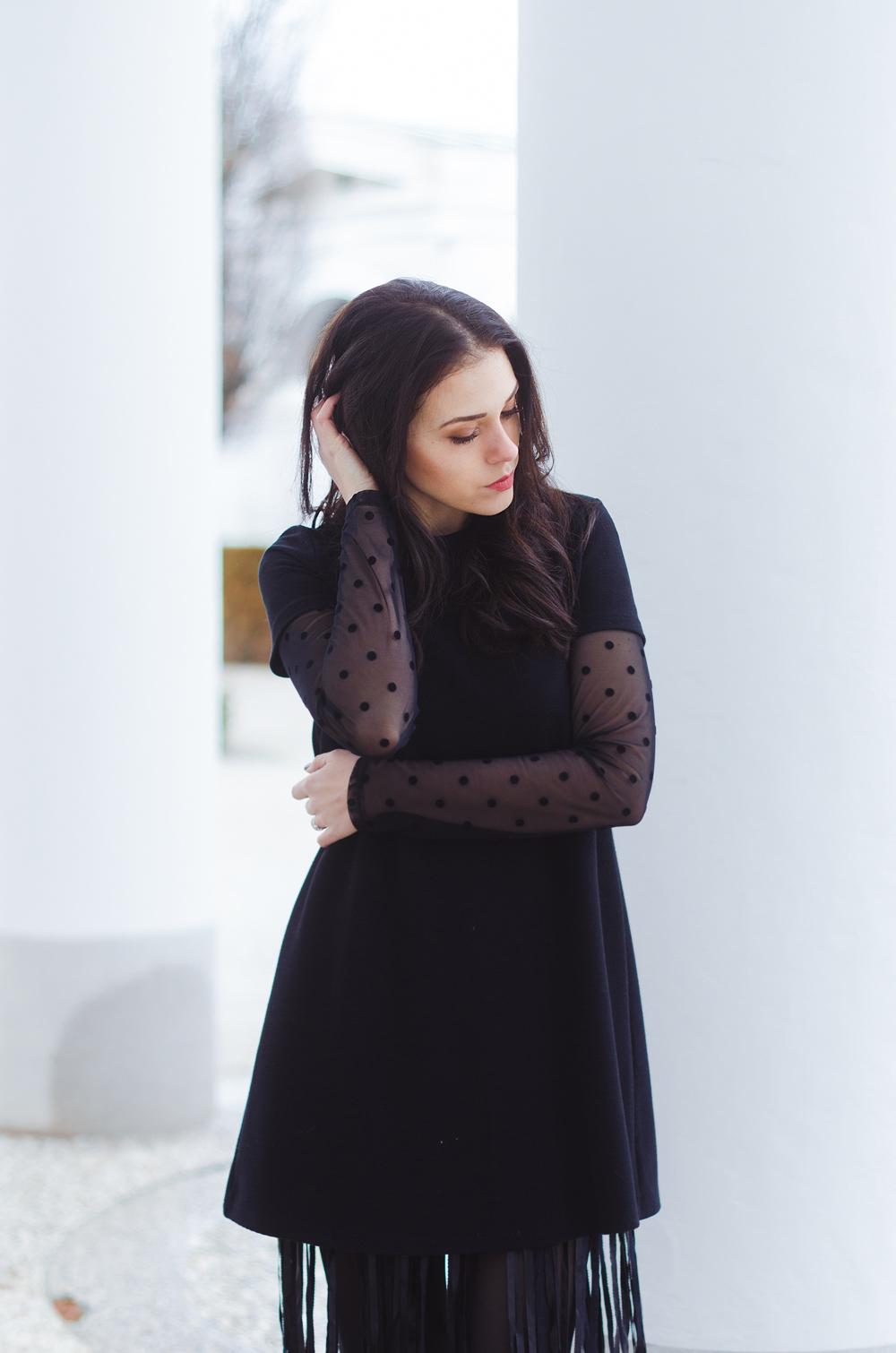 Eva Ahačevčič_Love, Eva_Terminal 3_ Resice_Fringes_OOTD_Black from head to toe 4