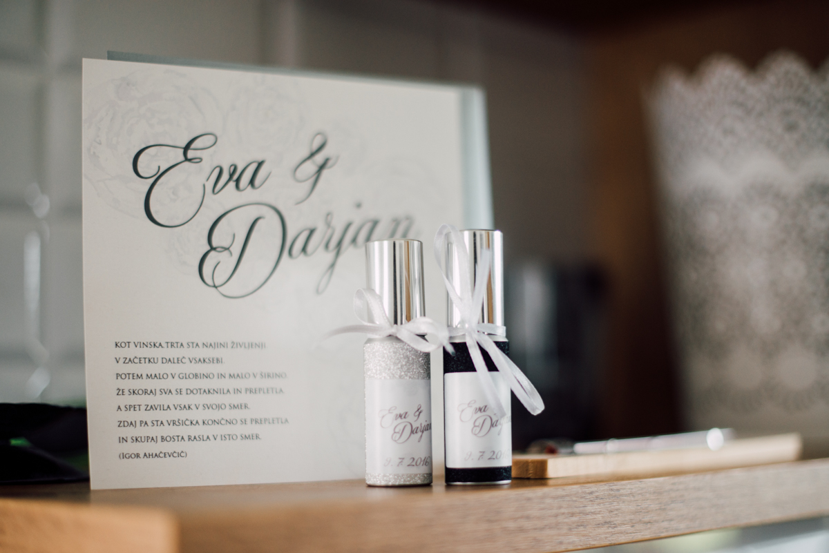 Svatom sva podarila personalizirane parfume My Spirit.