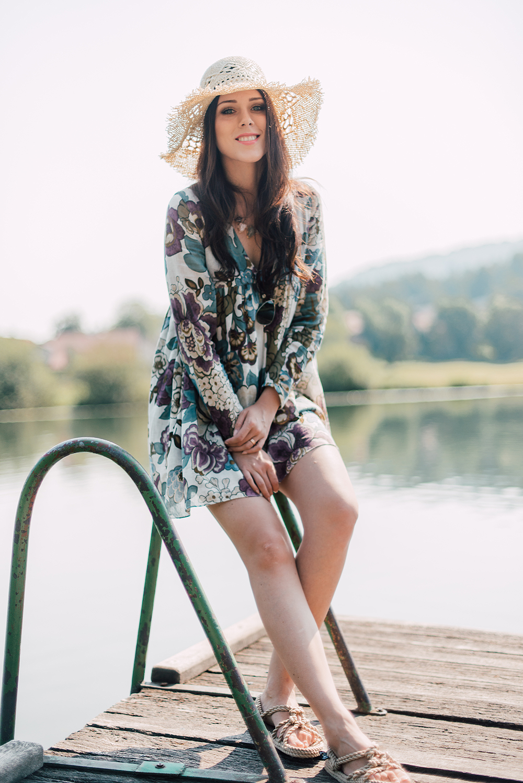 Eva Ahačevčič_Love, Eva_OOTD_Podpeško jezero_uROPE sandals_Straw hat_Bikini H&M_Dress Zara 4