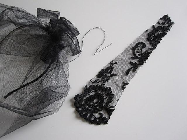 halloween-diy-widow-black-lace